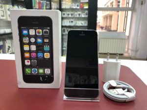 iPhone 5S 32Gb Space Gray Б.У