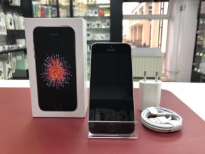 iPhone SE 32Gb Space Gray Б.У